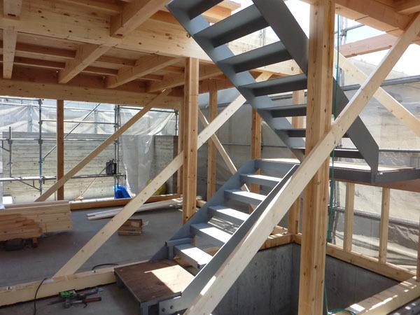 上棟「木と鉄とコンクリート」_d0021969_00132508.jpg