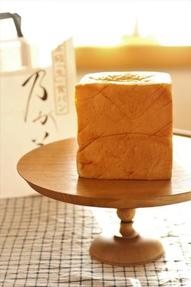 高級「生」食パンがやってきた_c0199544_21392760.jpg