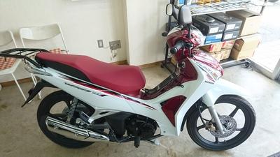 BETA RR4T125にバイクザシートインサイド_e0114857_936227.jpg
