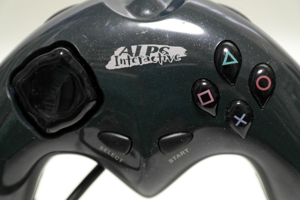 【レビュー】ALPS GAMEPAD for PlayStation INT001_c0004568_21231386.jpg