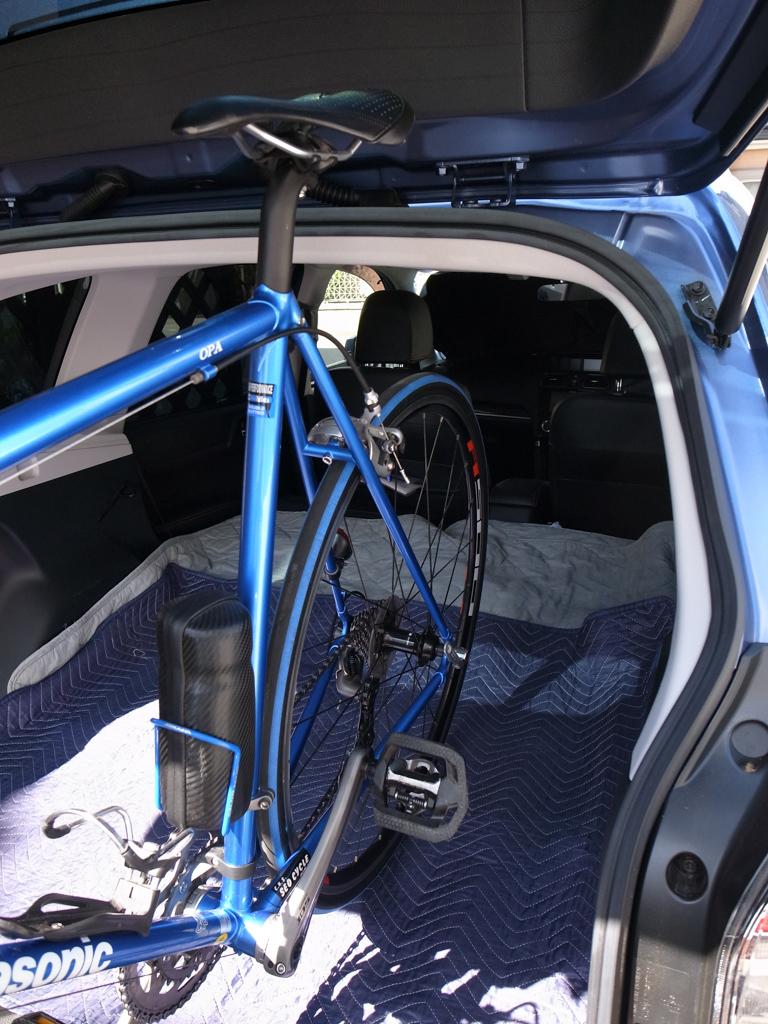 スバル・フォレスター ロードバイク2台を車載してみた。_b0247073_12055315.jpg