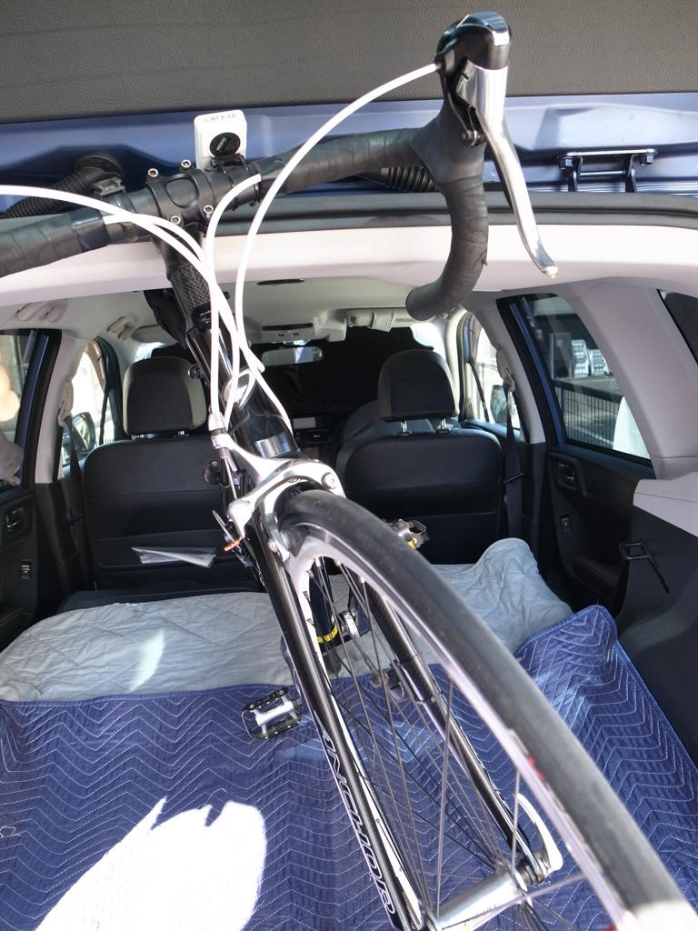 スバル・フォレスター ロードバイク2台を車載してみた。_b0247073_12055875.jpg