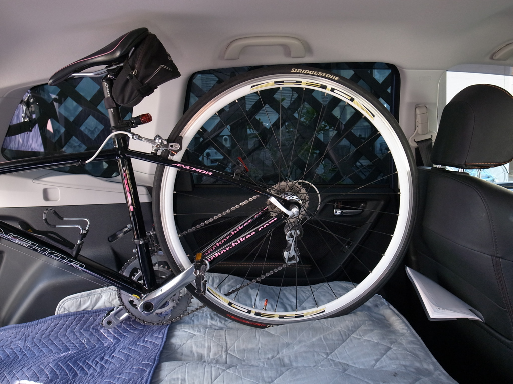 スバル・フォレスター ロードバイク2台を車載してみた。_b0247073_12070162.jpg