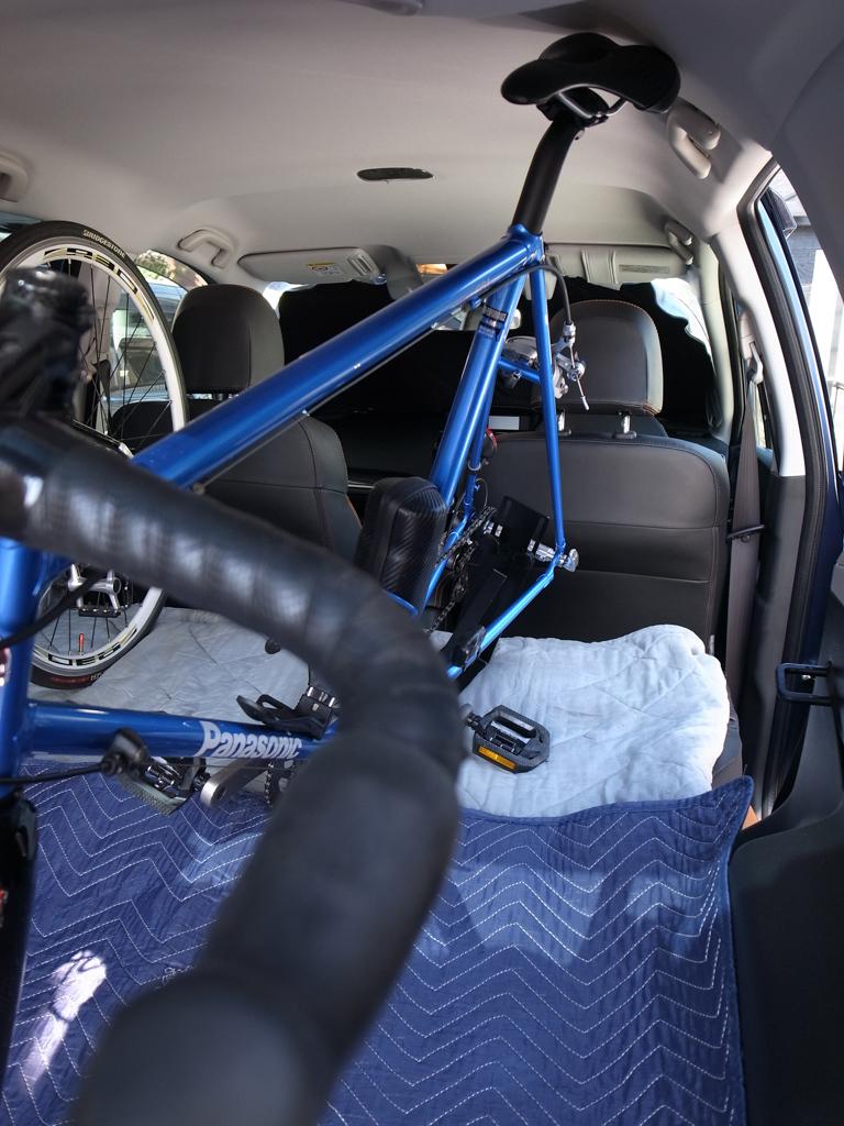スバル・フォレスター ロードバイク2台を車載してみた。_b0247073_12072219.jpg