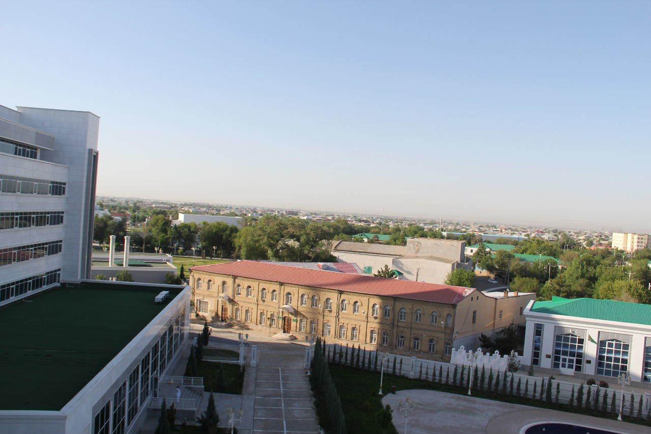トルクメニスタンの旅(21) マリィからウズベキスタンのブハラへ移動_c0011649_09483708.jpg