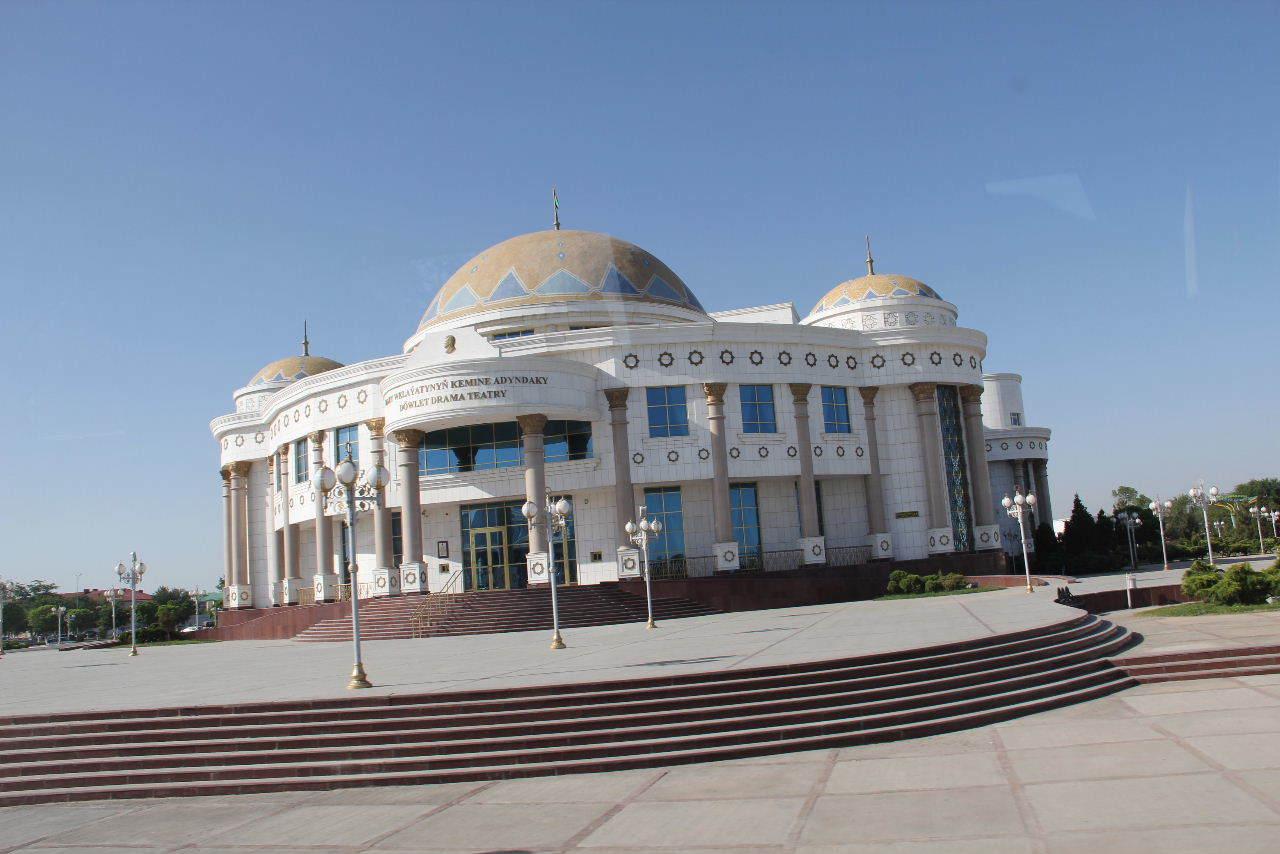 トルクメニスタンの旅(21) マリィからウズベキスタンのブハラへ移動_c0011649_13335665.jpg