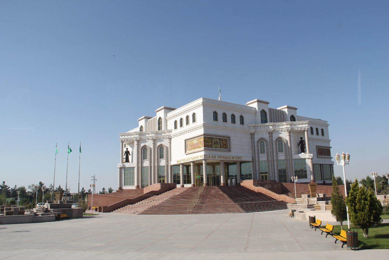 トルクメニスタンの旅(21) マリィからウズベキスタンのブハラへ移動_c0011649_13340993.jpg