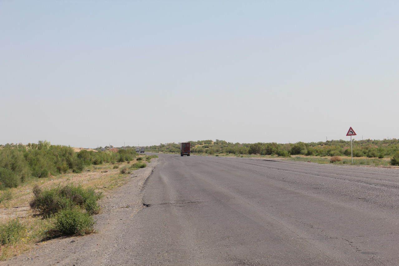 トルクメニスタンの旅(21) マリィからウズベキスタンのブハラへ移動_c0011649_13350857.jpg