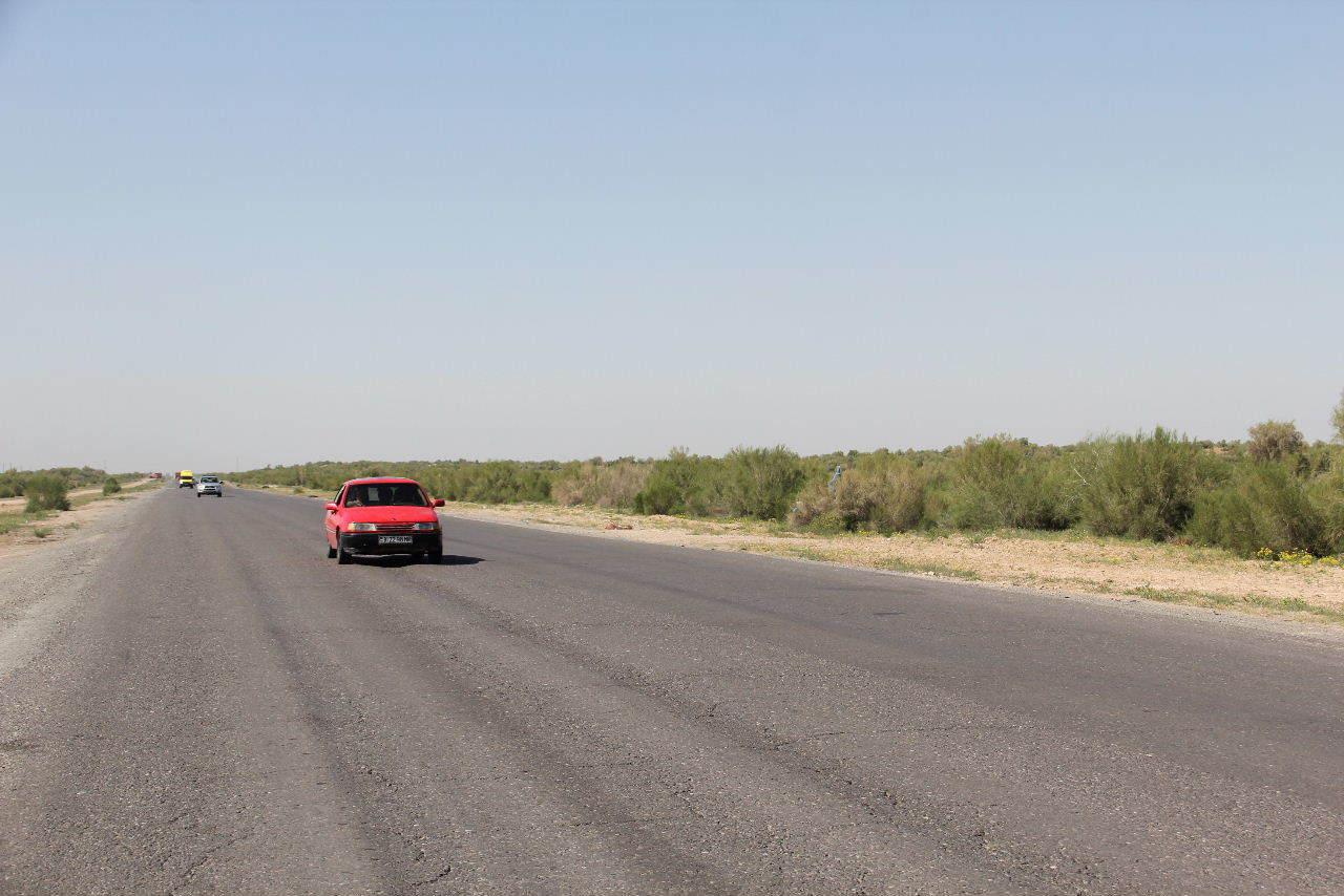 トルクメニスタンの旅(21) マリィからウズベキスタンのブハラへ移動_c0011649_13352807.jpg