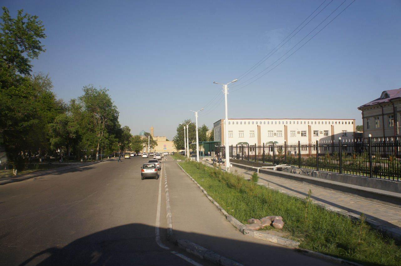 トルクメニスタンの旅(21) マリィからウズベキスタンのブハラへ移動_c0011649_17294666.jpg