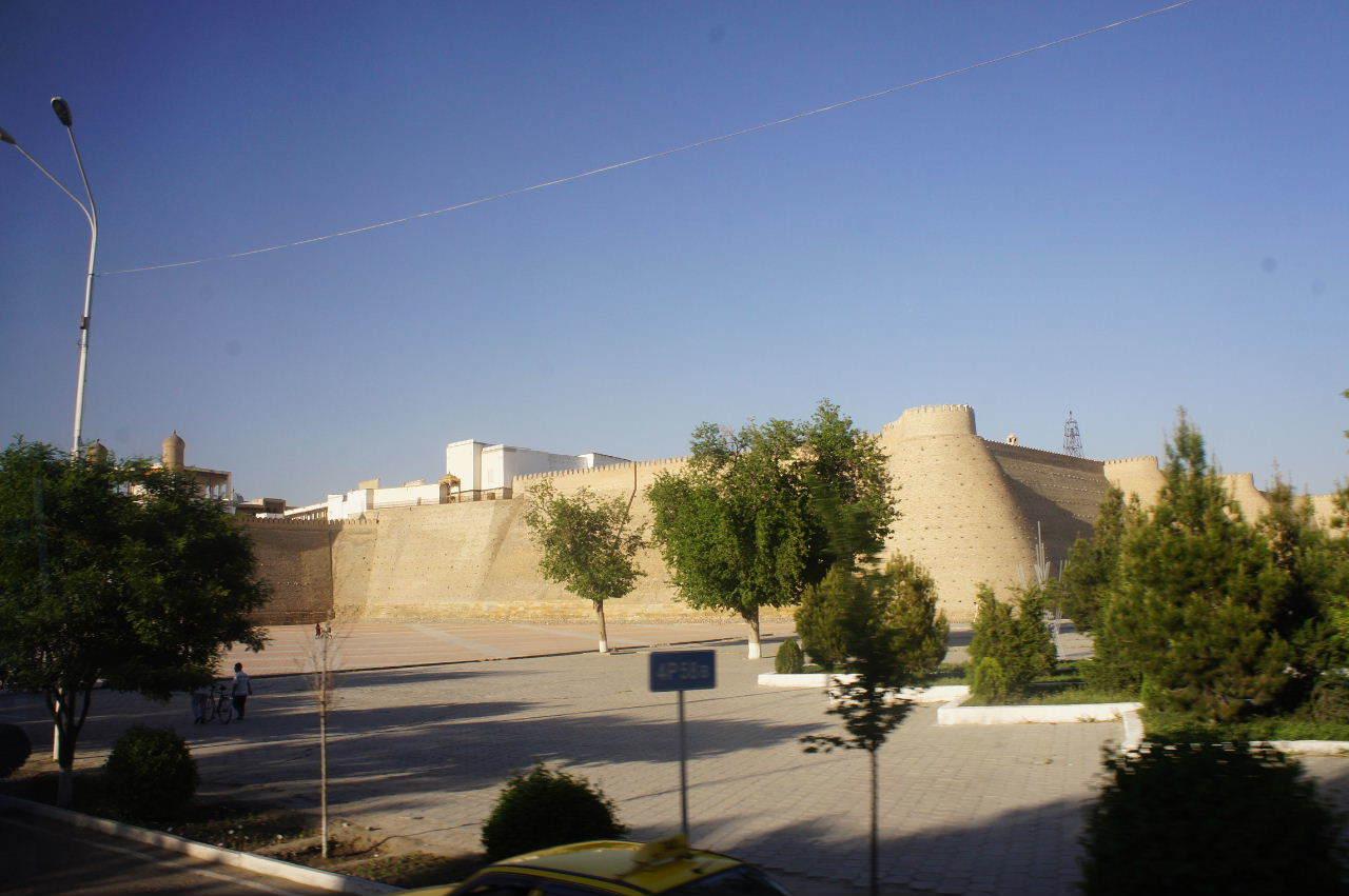 トルクメニスタンの旅(21) マリィからウズベキスタンのブハラへ移動_c0011649_17300765.jpg
