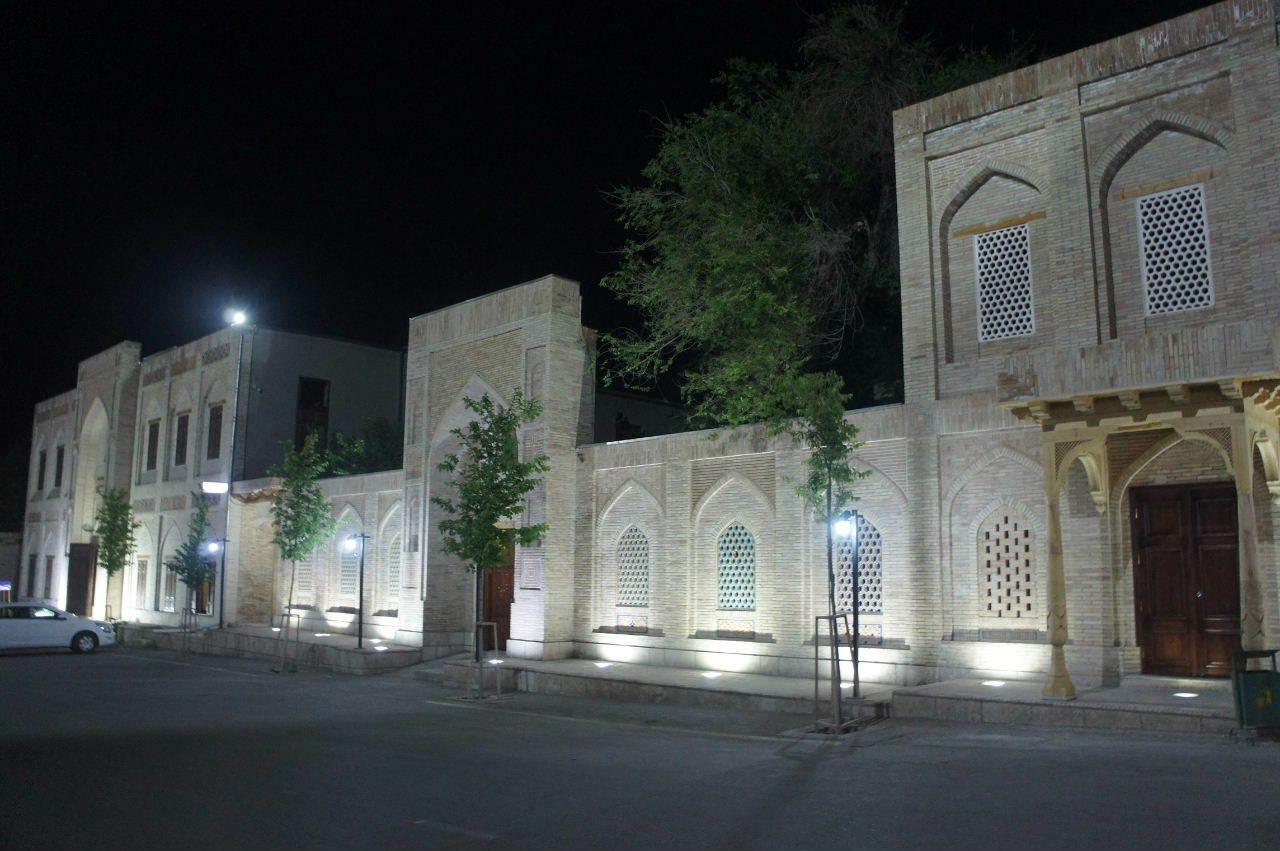 トルクメニスタンの旅(21) マリィからウズベキスタンのブハラへ移動_c0011649_21334865.jpg