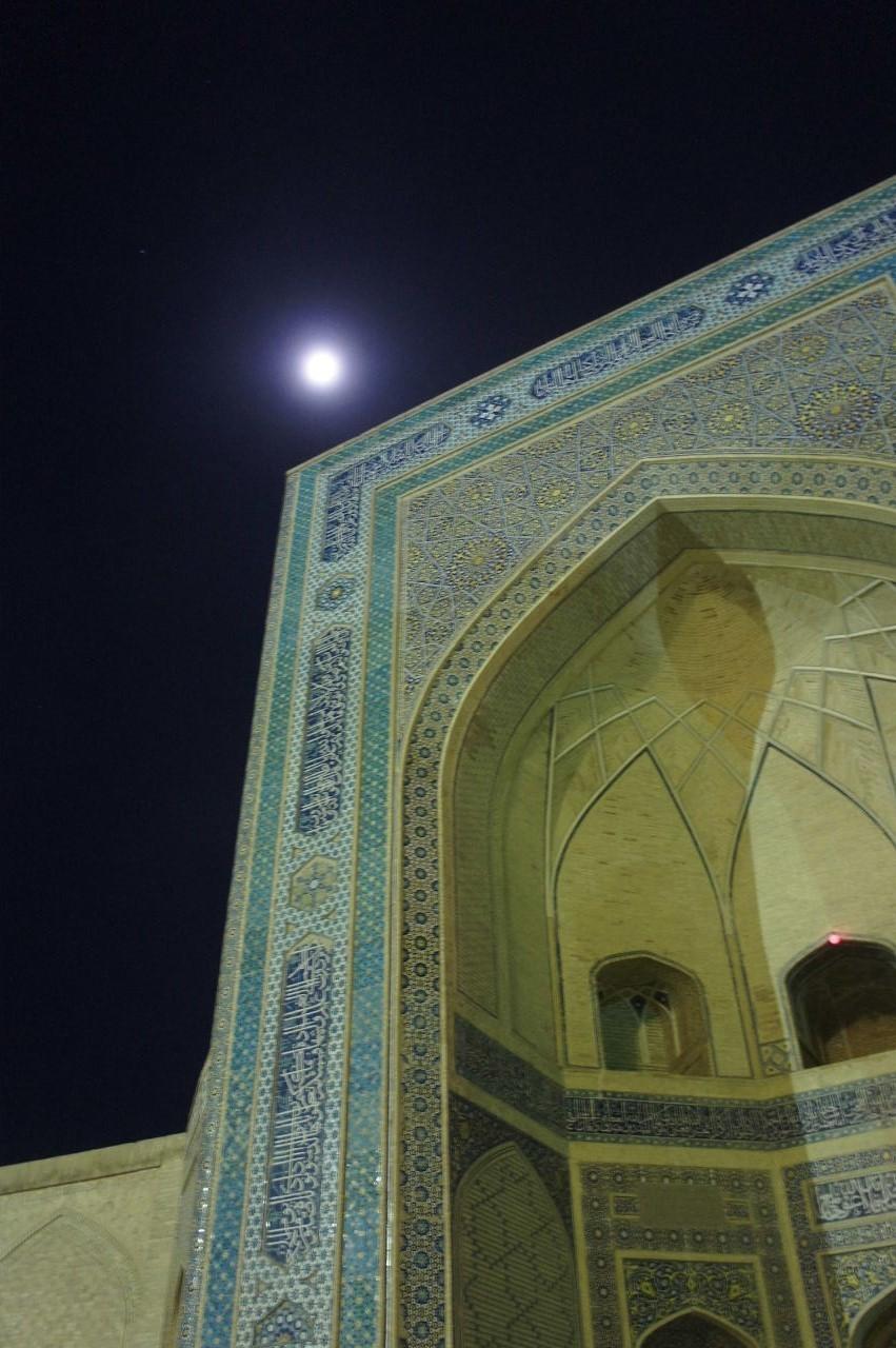 トルクメニスタンの旅(21) マリィからウズベキスタンのブハラへ移動_c0011649_21350311.jpg