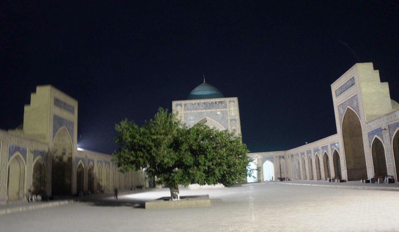 トルクメニスタンの旅(21) マリィからウズベキスタンのブハラへ移動_c0011649_21352638.jpg