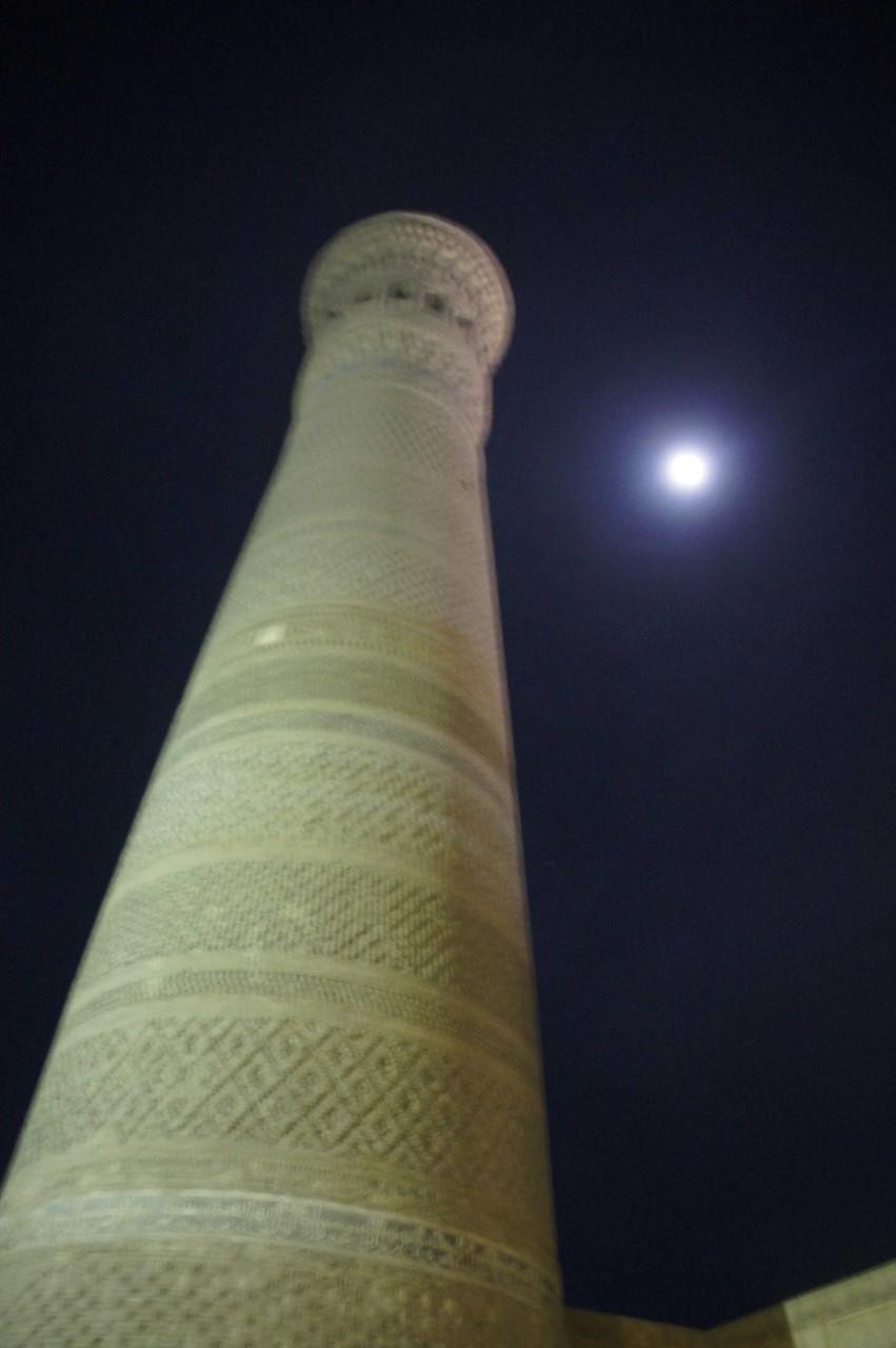 トルクメニスタンの旅(21) マリィからウズベキスタンのブハラへ移動_c0011649_21354203.jpg