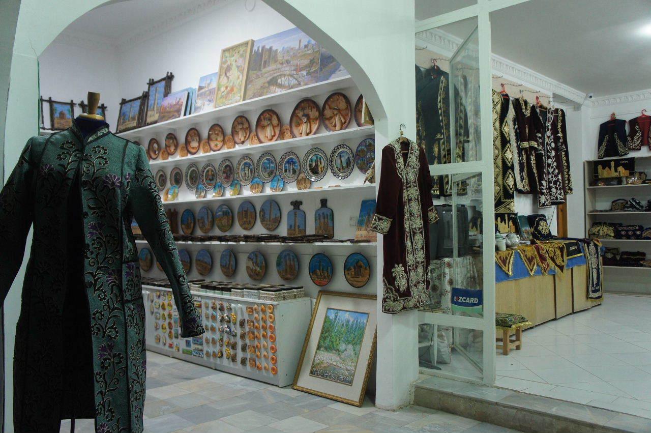 トルクメニスタンの旅(21) マリィからウズベキスタンのブハラへ移動_c0011649_21372452.jpg