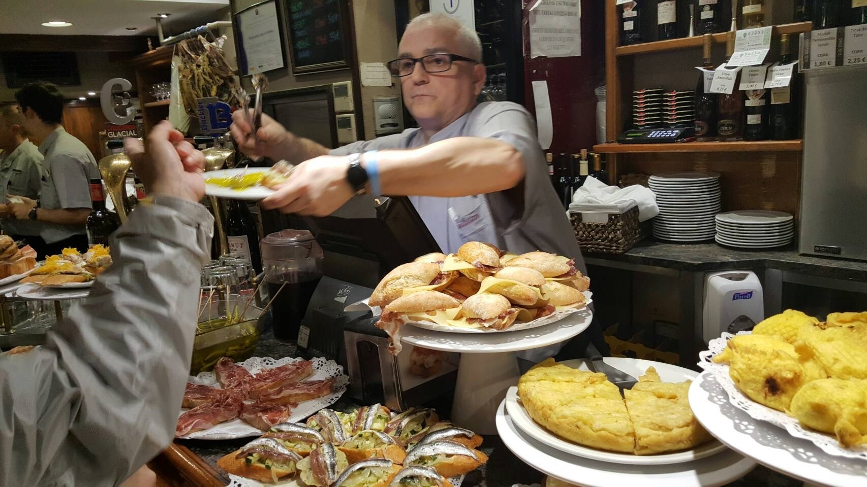 2017年GW スペインバスク地方、バル巡りの旅その10 サン・セバスチャン バル巡り1日目。_a0223786_13480293.jpg