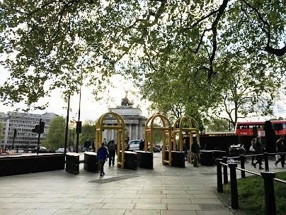 ロンドンブリッジとバラマーケットでテロ_f0238789_18372036.jpg
