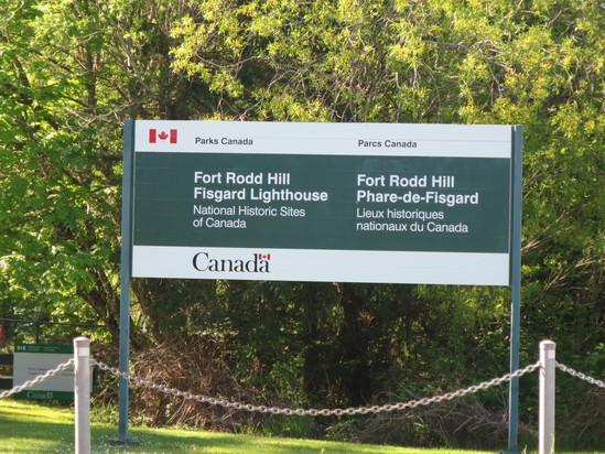 ヴィクトリアひとり旅☆(その1)Fort Rodd Hill and Fisgard Lighthouse_c0212604_5254985.jpg
