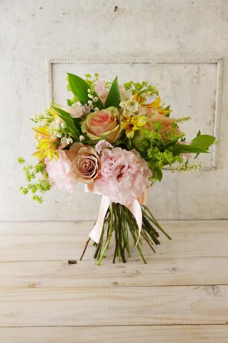 5月の定期レッスン 和の花のブーケ 6月は、オーダーブーケ、8月は会場装花のレッスンです_a0042928_21102729.jpg