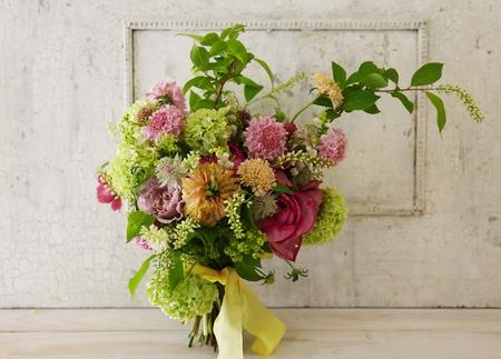 5月の定期レッスン 和の花のブーケ 6月は、オーダーブーケ、8月は会場装花のレッスンです_a0042928_2111726.jpg