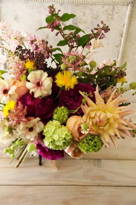 5月の定期レッスン 和の花のブーケ 6月は、オーダーブーケ、8月は会場装花のレッスンです_a0042928_2125264.jpg
