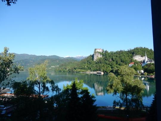'17,6,6(火)4.スロヴェニアのブレッド湖観光①!_f0060461_15032138.jpg