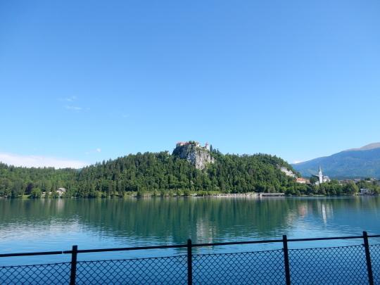 '17,6,6(火)4.スロヴェニアのブレッド湖観光①!_f0060461_16001006.jpg