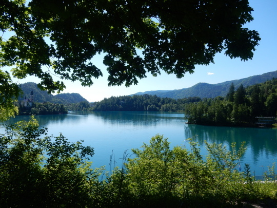 '17,6,6(火)4.スロヴェニアのブレッド湖観光①!_f0060461_16011620.jpg