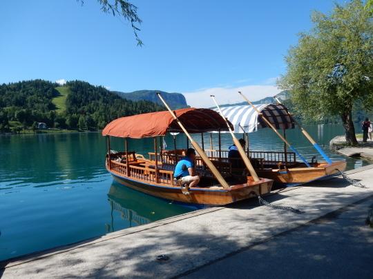 '17,6,6(火)4.スロヴェニアのブレッド湖観光①!_f0060461_16022252.jpg
