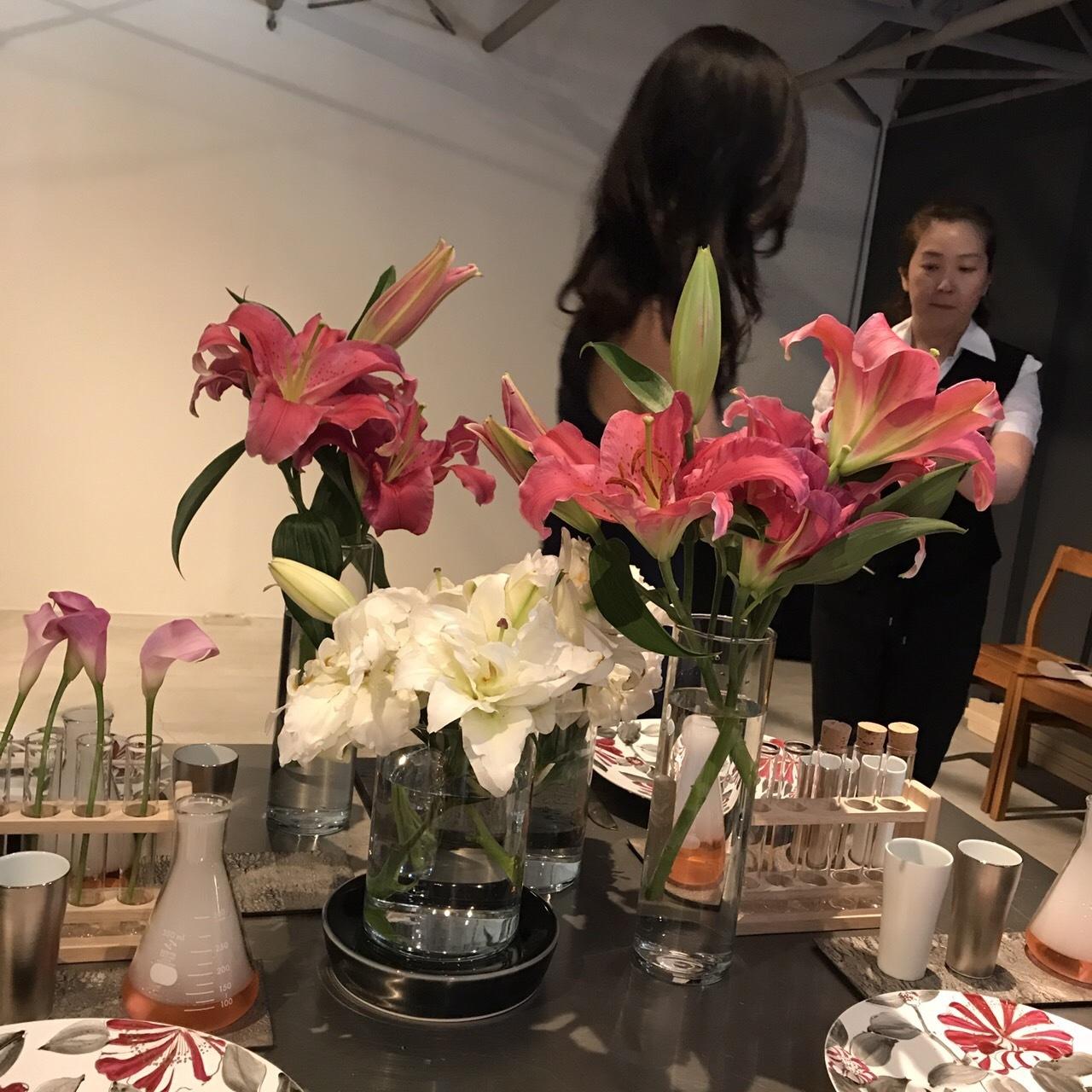夏のテーブルコーディネートセミナー(アリタポーセリンラボ旗艦店)_c0366777_01491429.jpg