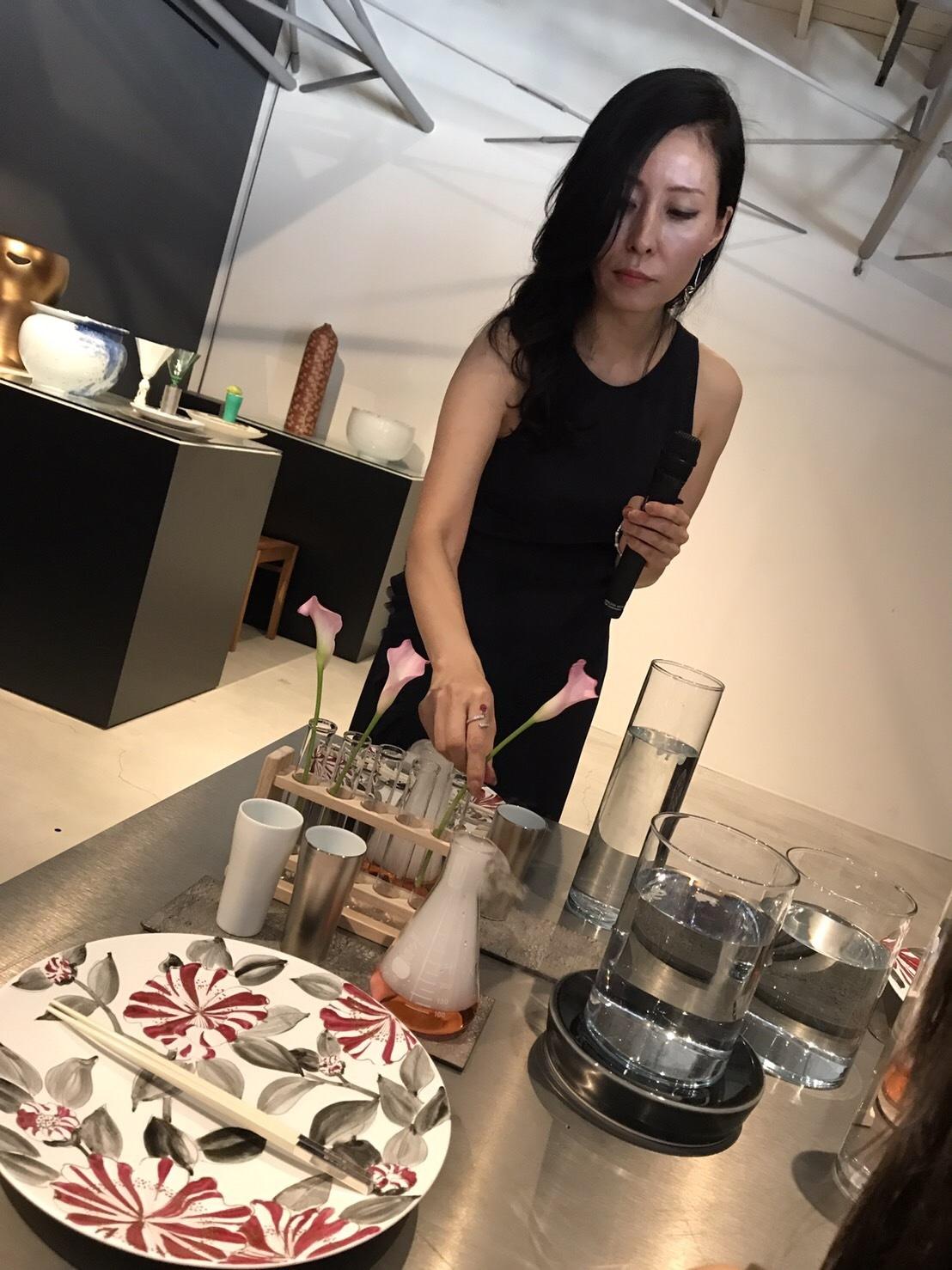 夏のテーブルコーディネートセミナー(アリタポーセリンラボ旗艦店)_c0366777_01560813.jpg