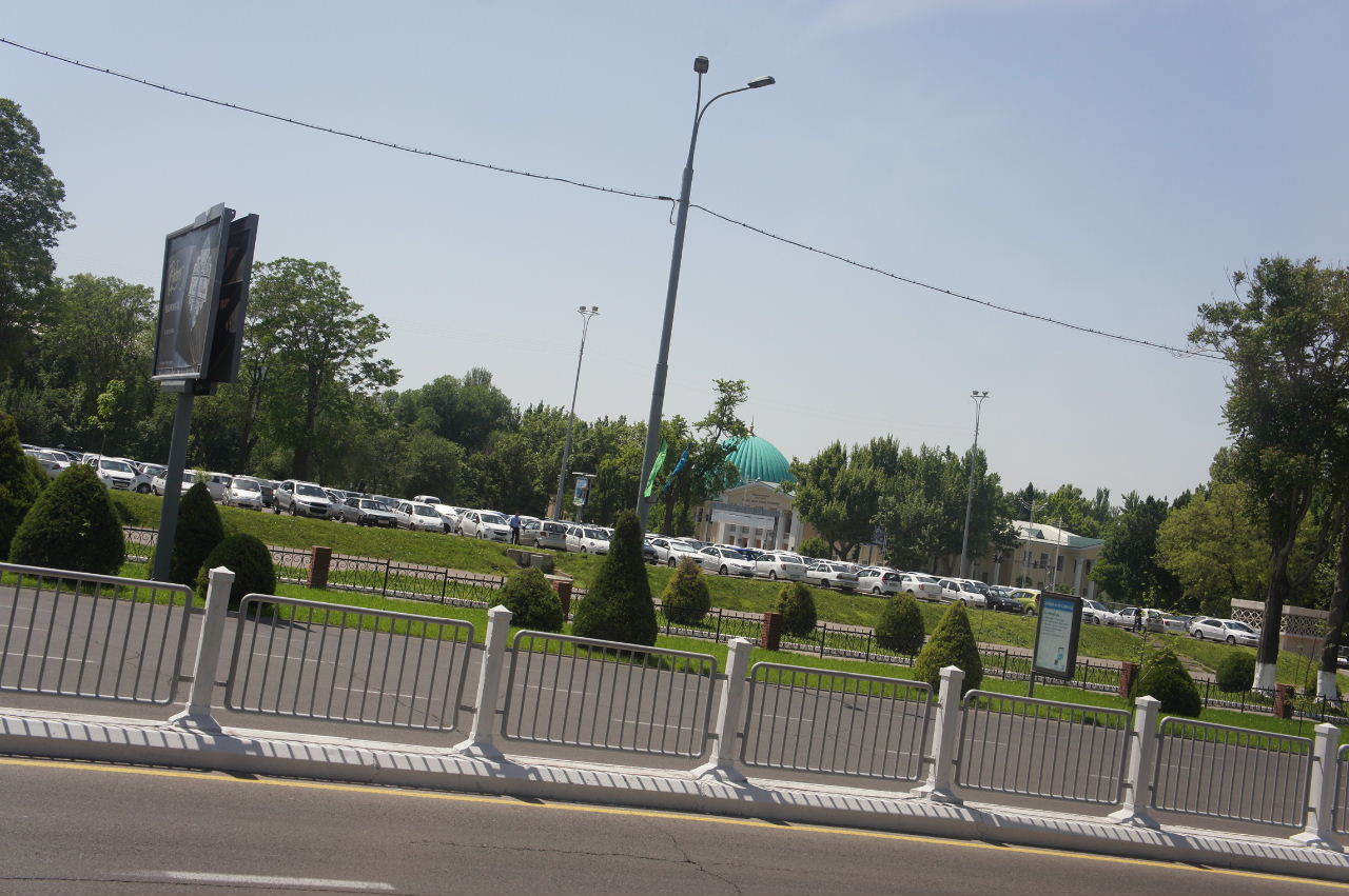 トルクメニスタンの旅(22) 最後に タシケント観光、そして帰国_c0011649_22273667.jpg