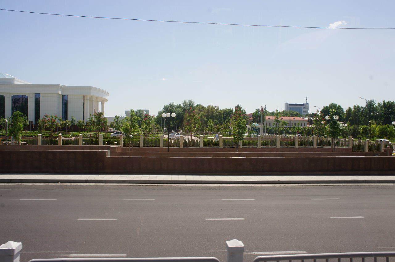 トルクメニスタンの旅(22) 最後に タシケント観光、そして帰国_c0011649_23110550.jpg