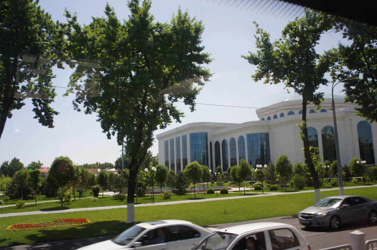 トルクメニスタンの旅(22) 最後に タシケント観光、そして帰国_c0011649_23112094.jpg
