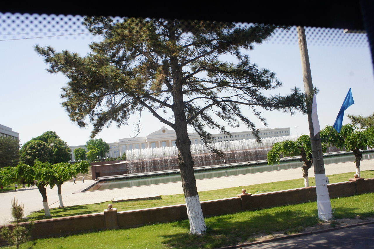 トルクメニスタンの旅(22) 最後に タシケント観光、そして帰国_c0011649_23115742.jpg