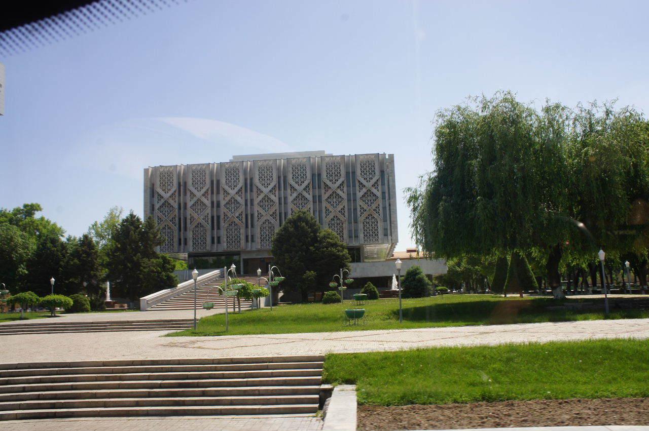 トルクメニスタンの旅(22) 最後に タシケント観光、そして帰国_c0011649_23121924.jpg