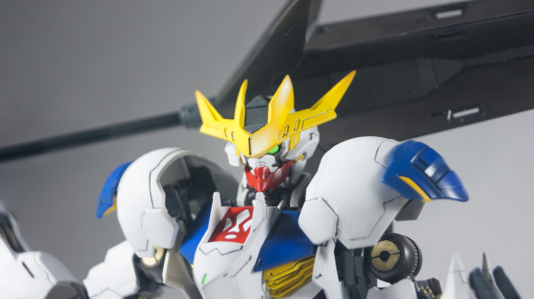 1/100 Full Mechanical Barbatos Lupus Rex_a0055093_08322460.jpg
