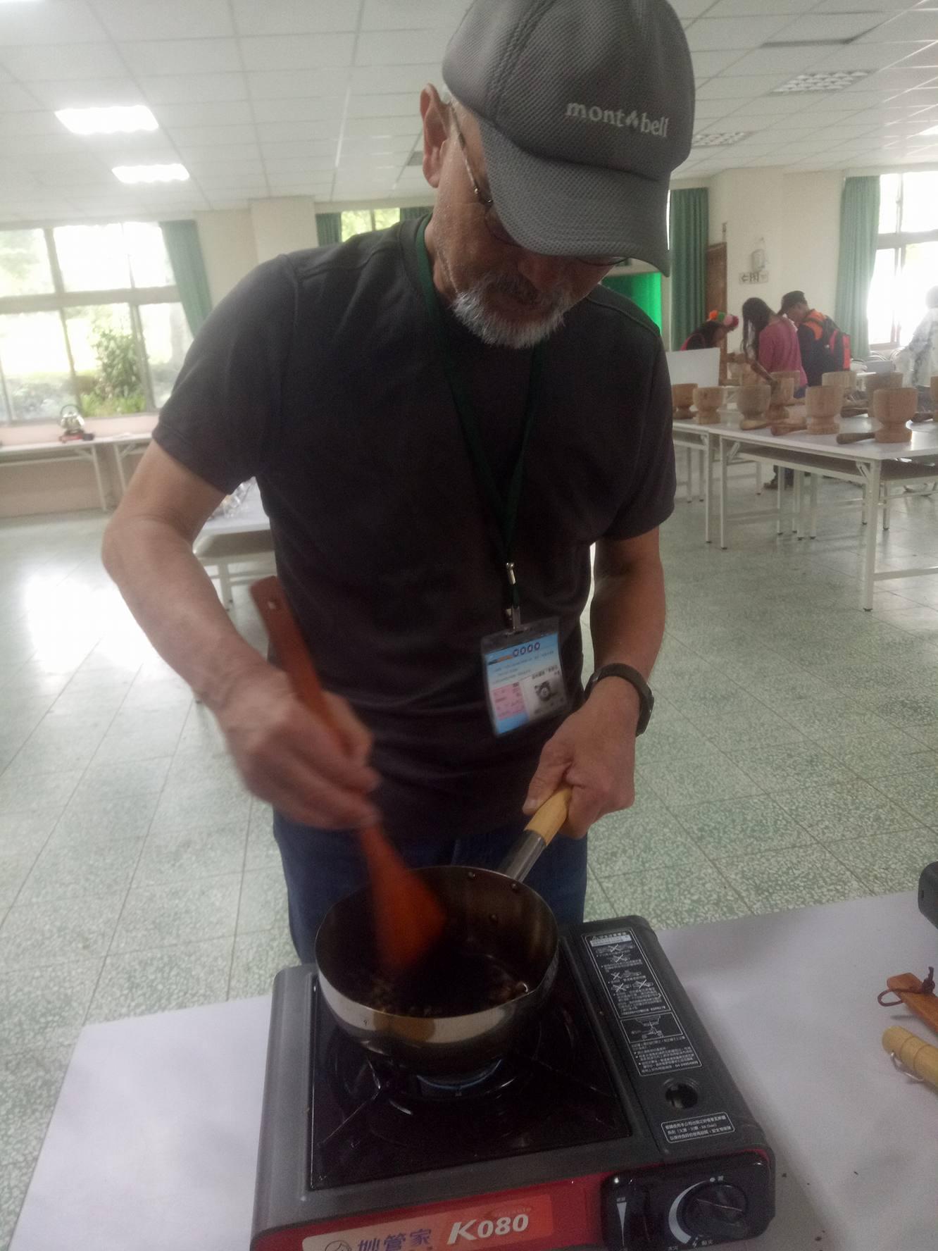 生豆から焙煎して淹れた阿里山コーヒーはおいしかったですよ_d0362031_16285479.jpg
