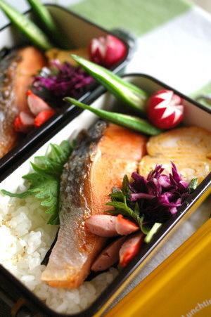 今日の海苔鮭弁当とお弁当作りのコツ_d0327373_07330941.jpg