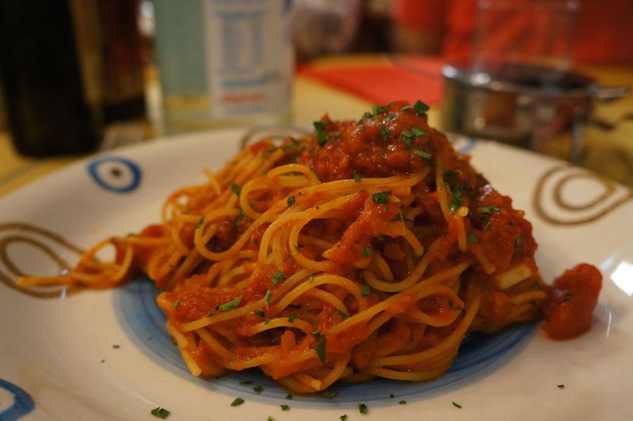 フィレンツェで普通のスパゲティを食べたい時〜スパゲッティ・アッラ・カレッティエーラ_f0106597_16492420.jpg