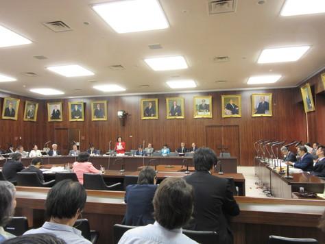 6/8 法務委員会で質問しました。_f0150886_161566.jpg