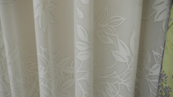 川島織物セルコンカーテンおすすめ♪夏に向けたカーテン掛け替え_e0243413_15401334.jpg