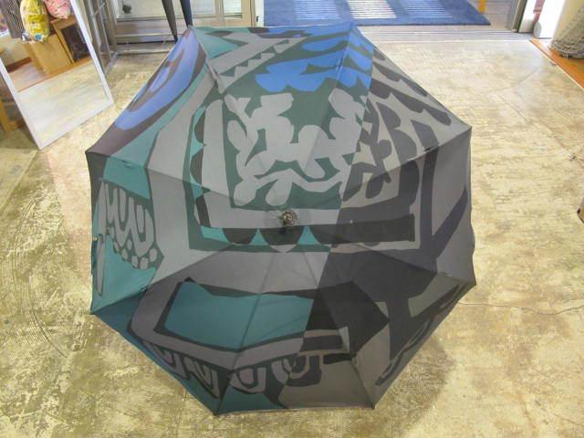 鈴木マサルさんデザインの傘_d0182409_10545341.jpg