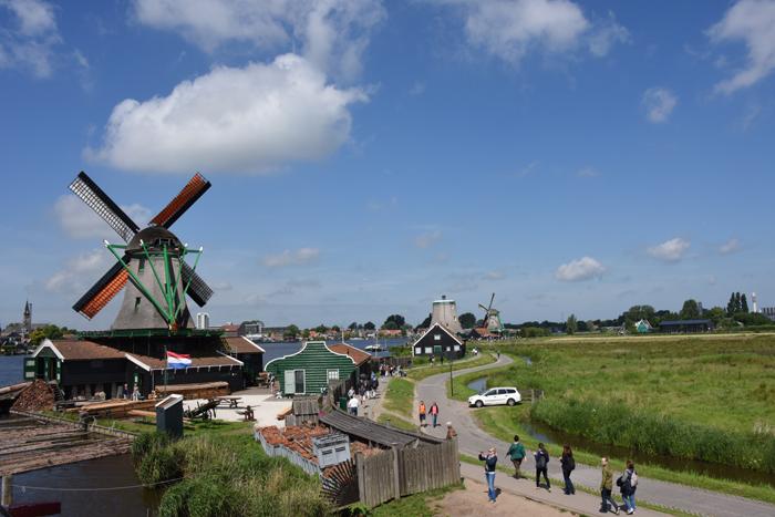 死ぬまでに行きたい世界の絶景!オランダ風車村ザーンセ・スカンス写真アップ!_e0171573_056583.jpg