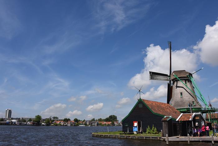 死ぬまでに行きたい世界の絶景!オランダ風車村ザーンセ・スカンス写真アップ!_e0171573_057360.jpg
