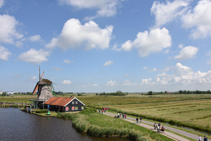 死ぬまでに行きたい世界の絶景!オランダ風車村ザーンセ・スカンス写真アップ!_e0171573_058810.jpg
