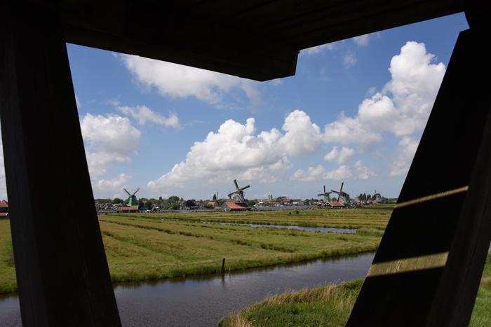 死ぬまでに行きたい世界の絶景!オランダ風車村ザーンセ・スカンス写真アップ!_e0171573_0594734.jpg