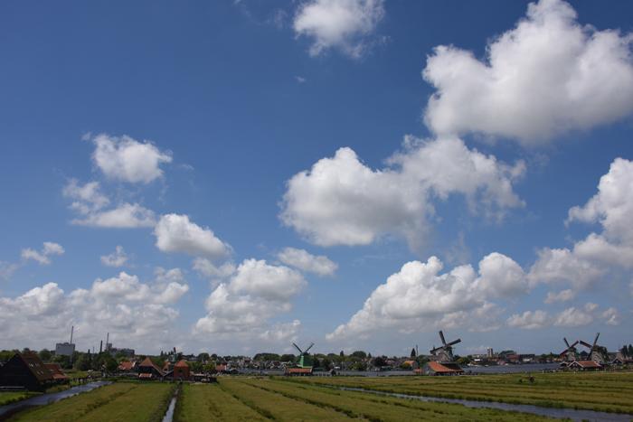死ぬまでに行きたい世界の絶景!オランダ風車村ザーンセ・スカンス写真アップ!_e0171573_0595286.jpg