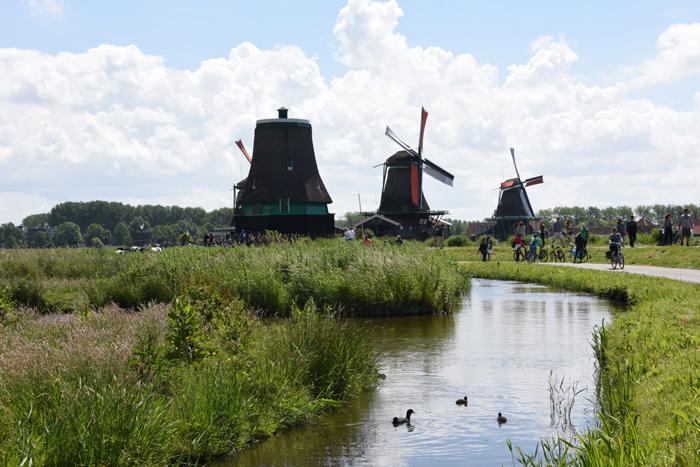 死ぬまでに行きたい世界の絶景!オランダ風車村ザーンセ・スカンス写真アップ!_e0171573_101758.jpg